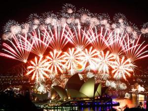 2012: Самые красочные новогодние шоу мира